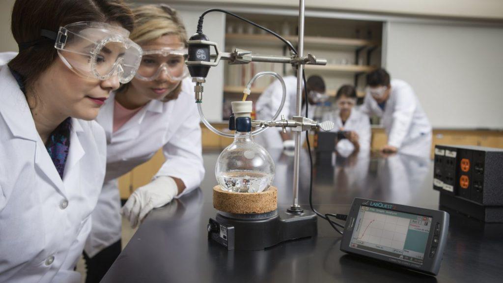 эксперимент на уроке химии